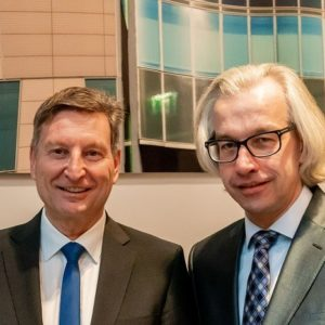 Holger Heckle und Dr. Hans Henning