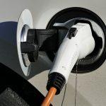 Elektromobilität: In privaten Neubauten müssen Schutzrohre für Ladeinfrastruktur Pflicht sein